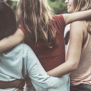 ¿Durante la adolescencia, es normal que las mamas tenga tamaño diferente?